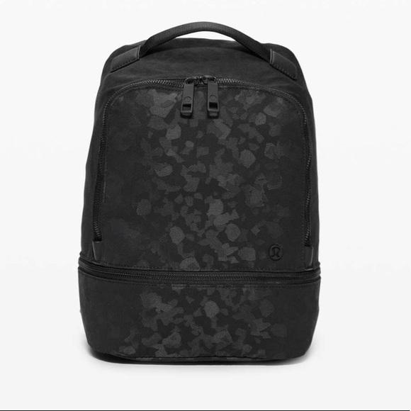 NWT Lululemon city adventurer Camo mini Backpack